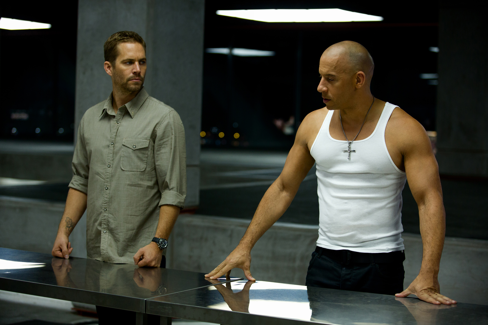 movie review fast furious 6 the movie guys. Black Bedroom Furniture Sets. Home Design Ideas