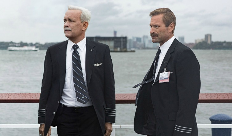 sully-2016-movie-review-tom-hanks-aaron-eckhart-featured